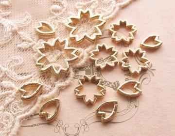 桜と花びら抜きパーツ空枠12個