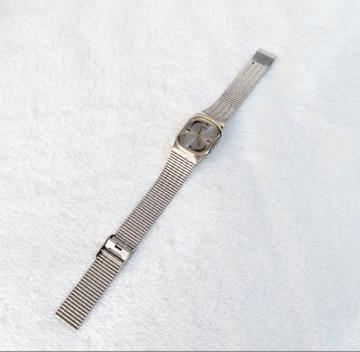 SEIKO V701-5H60 クオーツ 電池式 腕時計