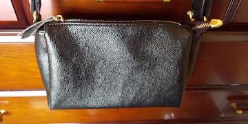 ショルダーバック革製品。黒