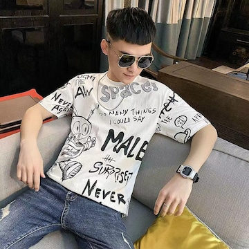 夏のプリントTシャツ男性の薄手の半袖