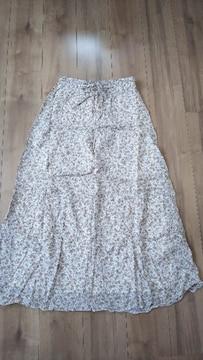 コムサイズム 花柄スカート