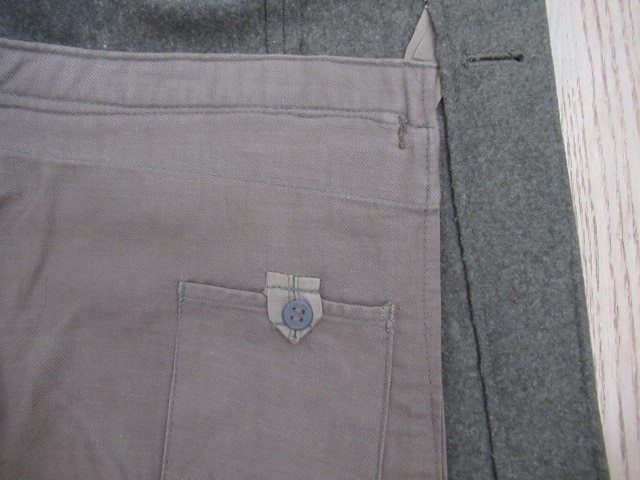 ブランド美品★96U since 1945★毛/緑/M < 男性ファッションの