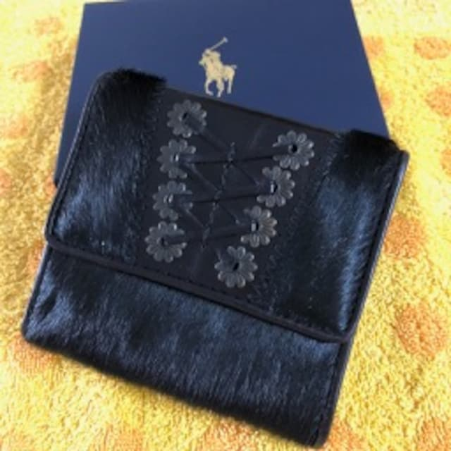 ラルフローレン 折財布 黒ハラコ < 女性ファッションの