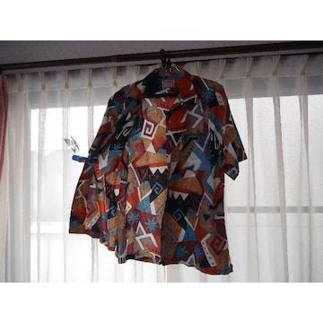KEARNEY HOUSEのアロハシャツ(L)!。