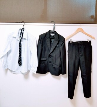 Sirmione◆シャドーストライプ黒スーツ上下 Yシャツ ネクタイ セット 140�p