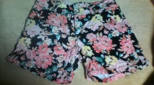 〓花柄ショートパンツL★w69〜77★ショーパン★  < 女性ファッションの