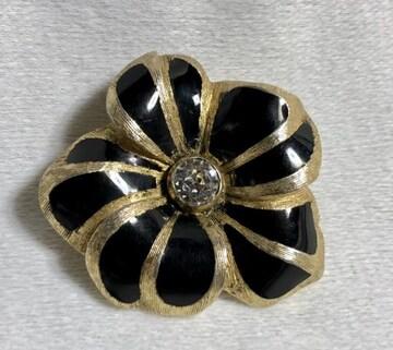 正規良 Diorディオール ヴィンテージ カメリア×ライトストーン装飾ブローチ金×黒 フラワー