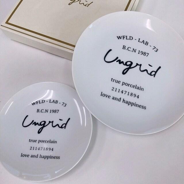 ◆ungrid/アングリッド◆新品!!ノベルティ★ロゴ入りプレート2枚セット♪お皿 < ブランドの