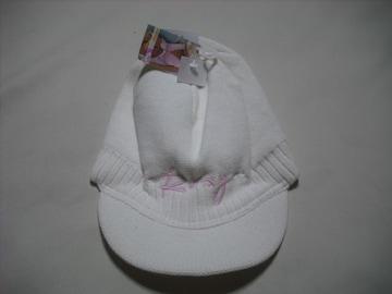 wn82 ROXY ロキシー つば付き ニット帽 ビーニー 白