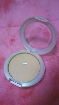 レブロン スキンライト プレストパウダー 01 激安 美品 残量8割以上