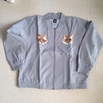 メルロー・猫刺繍ジップアップジャケット