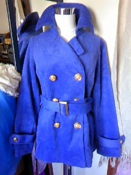 NAVANAふんわり柔らか手触りデカgoldボタンのコート新品