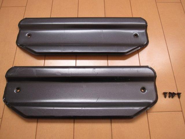 [美品]E24キャラバン・ホーミー 後期型GTクルーズ バックドア用インナーカバー < 自動車/バイク