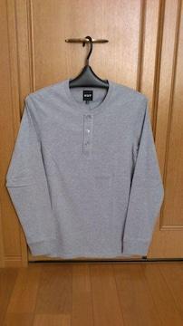 激安75%オフアメカジ、HUF、長袖Tシャツ(新品タグ、灰、M)