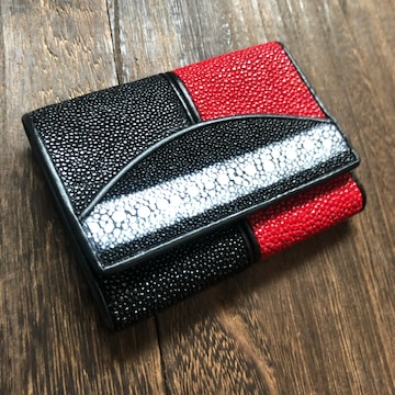 PELGIO 携帯に便利 スティングレイ ガルーシャ エイ革 小財布