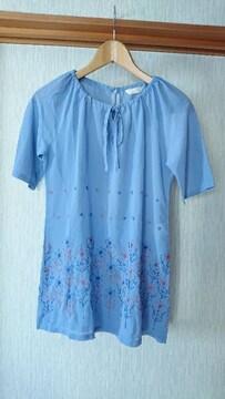 新品 花柄 刺繍 水色 チュニック シャツ M