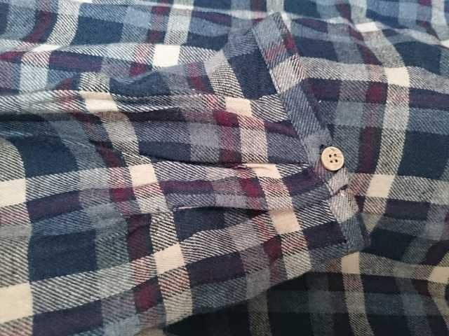 新品 チェック柄 バックボタンが可愛い秋向けチュニックブラウス < 女性ファッションの