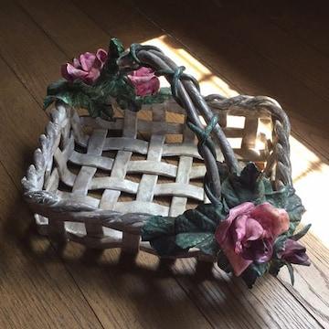 紙粘土作品 スクエアバスケット 薔薇