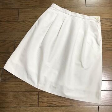 バンヤードストーム ライトグレー ソフトタフタ膝丈スカート