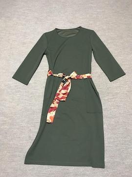ザラ★ZARA★七分袖ワンピース★カーキ★スカーフ柄リボンベルト