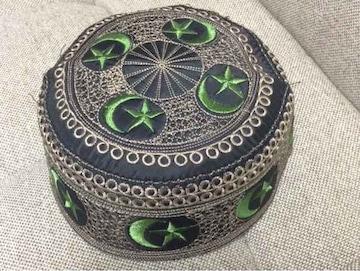 未使用 中東直輸入 トルコ帽 手作りイスラム刺繍帽