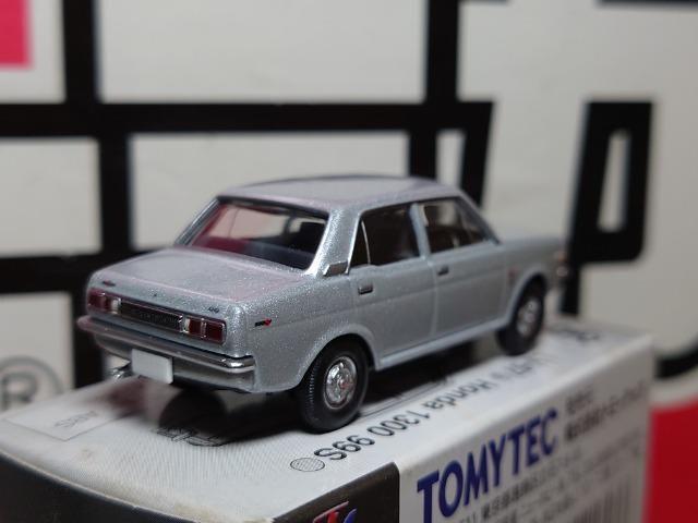 トミカリミテッドヴィンテージLV-67★HONDA1300 99S★