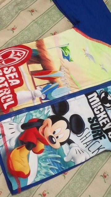 新品ディズニーミッキーマウスラッシュガード定価\3132水着 上着 < キッズ/ベビーの
