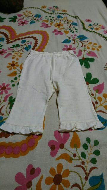 キッズ☆KP/ニットプランナー☆白 フリル パンツ・ズボン 70�a  < ブランドの