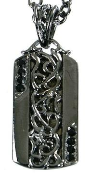 ブラックプレートネックレス