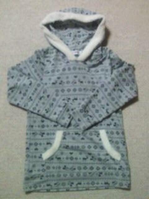 ディズニー ウインター スノー モノグラム デザイン ホワイト ボア パーカー グレー Mサイズ < 女性ファッションの