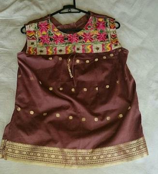 インド カラフル刺繍 金刺繍 赤茶 光沢 タンクトップ チュニック