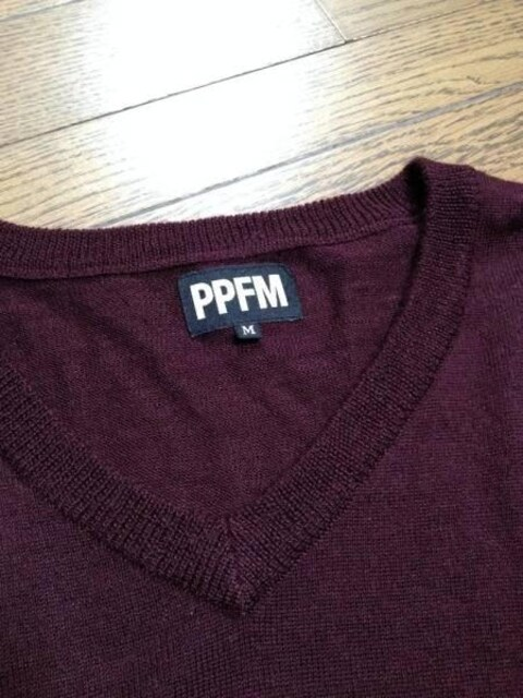 美品PPFM Vネックニット パープル ペイトンプレイス < ブランドの