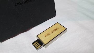 正規レア ディオールオム ブランドロゴエンブレム USBメモリー 8G メタリックシルバー×ウッド