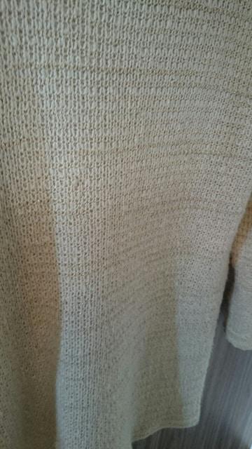 オフホワイト 金ラメ ミニワンピース チュニック ニット セータ < 女性ファッションの