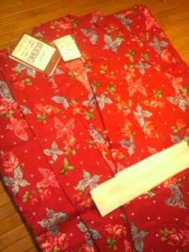 ●浴衣● 薔薇と蝶々赤 110 タグ付