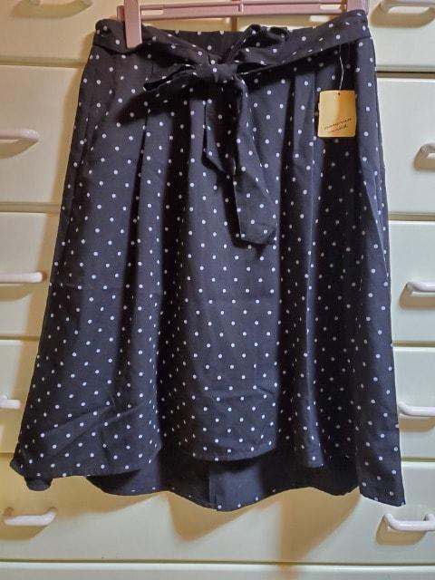 大きいサイズ☆4L☆ドット柄☆リボンスカート☆  < 女性ファッションの