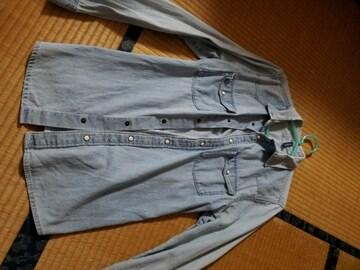 H&Mのデニムシャツ!