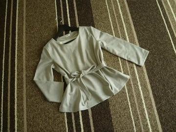 新品☆GU(ジーユー)リボン付きペプラムカットソー☆