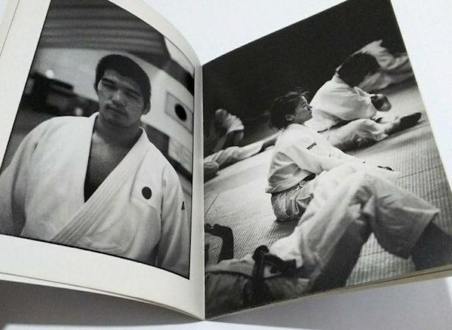 ○ 福山雅治『2000 SYDNEY PHOTO REPORT (ミニパンフ)』 < タレントグッズの