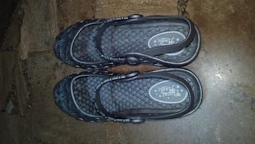 新品未使用・靴・グレー