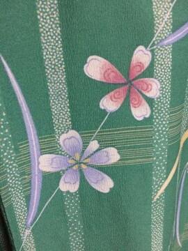 単衣着物☆140☆綺麗なライトグリーン☆可愛いお花柄☆美品☆
