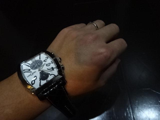 ロンワンズ LONEONES・限定リストウォッチ腕時計 < ブランドの