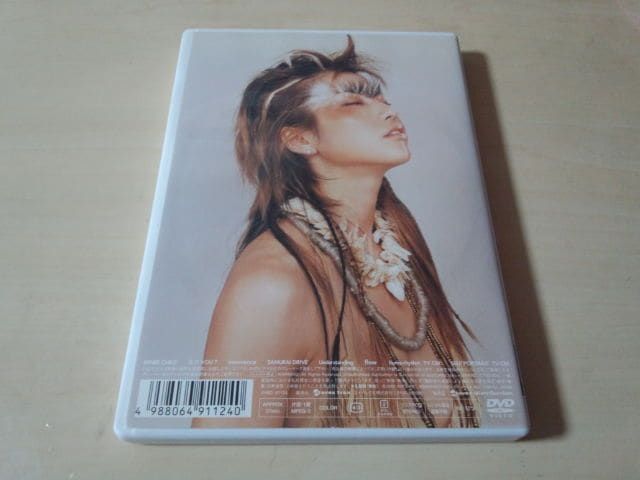 hitomi DVD「frozen in time」● < タレントグッズの