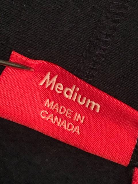 supreme 前ロゴ パーカー M size 正規品 シュプリーム < ブランドの