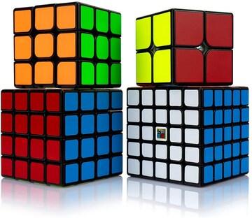 コロナ禍の中、自宅で脳の活性化を ルービックキューブ4個