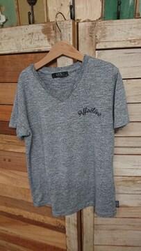 AZUL by moussy スカルVネック Tシャツ 150 子供、キッズ
