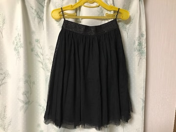 美品 Honeysハニーズ黒色ブラック チュールスカート