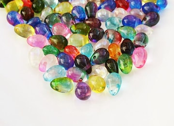 虹の雫ガラスビーズ30個