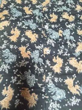 ☆新品黒×唐獅子小桜柄ダボシャツ110