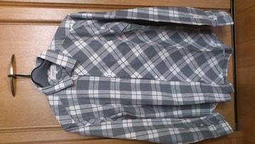 激安87%オフカジュアル、チェック、長袖シャツ(美品、灰白、日本製、L)